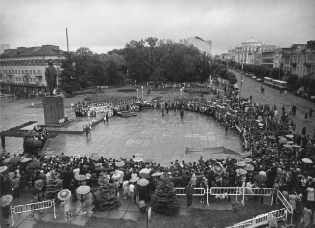 """Відкриття першого фестивалю """"Зорі над Бугом"""", 1978 р."""