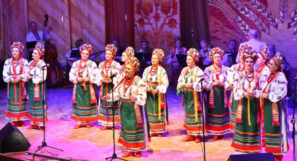 Академічний ансамбль пісні і танцю «Поділля»